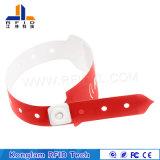 Kundenspezifischer synthetischer PapierRFID Wristband für Arbeitsweg-Pakete