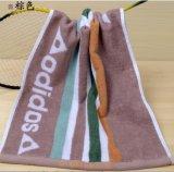 さまざまなパターン浴室タオルの綿タオル手タオルが付いているスポーツタオル