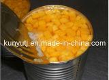 Законсервированный желтый персик с высоким качеством