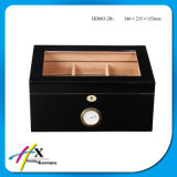 Boîte à cigares noire pure d'humidificateur de cèdre de fini de laque avec le guichet
