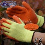 Перчатки сейфа руки ладони латекса полиэфира Nmsafety 10g покрытые