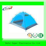 Das im Freienkampieren knallen oben das automatische 2-3 Personen-Zelt