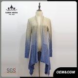 Cardigan bleu Romance de tricots de mohair de femmes