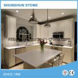 ホーム家具のための白い水晶石の台所カウンタートップ