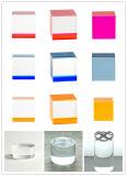 Canalisations verticales solides acryliques colorées faites sur commande de bloc