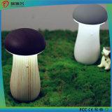 La Banca portatile di potere del fungo con l'indicatore luminoso del LED