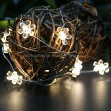 Батарея цветка - приведенный в действие шнур освещает крытые декоративные серебряные света провода 50LEDs для спальни