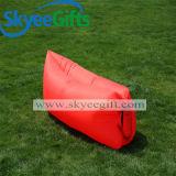 屋外にスリープの状態であることのためのベストセラーの空気ソファーの不精な袋