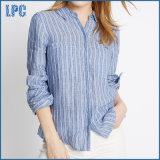 小柄く純粋な麻布のしまのある長い袖のワイシャツ