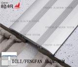 Baseboard del connettore del testo fisso delle mattonelle di Alumaiam a parte fra a due che pavimentano