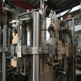 De Fles van het glas met het Vullen van de Cokes van CDD van de Kroonkurk van het Metaal Machine