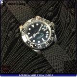 La insignia de encargo promocional de la caja del reloj de los hombres vendedores superiores de la manera Yxl-460 de Perlon de la correa del cuarzo inoxidable inoxidable del reloj mira al por mayor