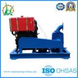 Landwirtschaftlicher Dieselmotor, der Pumpe besprüht