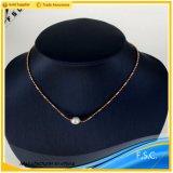 女の子のための簡単なローズの金の真珠のステンレス鋼のネックレスのペンダント