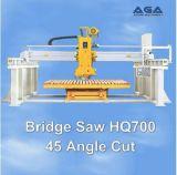 レーザーの石造り橋は製造の平板またはカウンターまたは虚栄心の上の打抜き機を見た