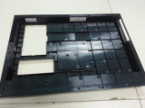 Computer Cover를 위한 OEM Yixun Custom Plastic Injection Mould
