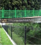 Treillis métallique soudé enduit par PVC de barrière
