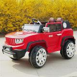 Fahrt auf Auto, Kinder Eclctric Auto, scherzt Auto, elektrische Spielwaren
