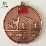 供給はリボンが付いているロゴの合金の鋳造の金属のTaekwondoメダルをカスタマイズする