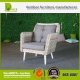 Jeu extérieur de sofa de Cornor de meubles de jardin de rotin synthétique de bonne qualité