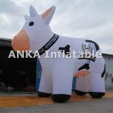 Vache à lait faite sur commande animale gonflable en ventes extérieures