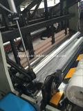 Papel higiénico automático cheio que faz o equipamento da máquina