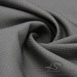 El agua y la chaqueta al aire libre Viento-Resistente de la ropa de deportes abajo tejidas Pescado-Escalan la tela 100% de la pongis del poliester del telar jacquar de la tela escocesa (E023)