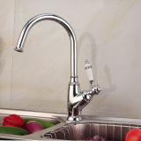 Antikes Kitchen Faucet mit Chrome Finish