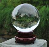 Sphère en cristal de boule de cristal magique de Feng Shui avec la base en bois