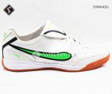 De BinnenVoetbalschoenen van de Schoenen van de Sporten van mensen