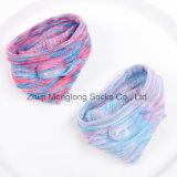 Calcetines escotados invisibles del arco iris de las mujeres encantadoras del modelo