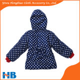 Пальто для девушок одежда Chidren пальто зимы МНОГОТОЧИЯ польки