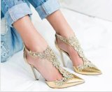 Ботинки женщин пятки пальца ноги остроконечные СРЕДНИЕ