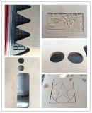 Pequeño CNC de madera 3D que talla la máquina