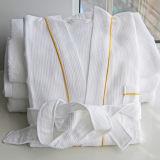 100%年の綿のワッフルのホテルの浴衣