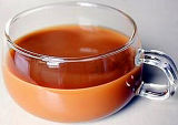 Hand - de gemaakte Kop van de Gift met de Kop van de Koffie van de Kop van het Ontbijt van het Handvat