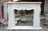 Белой каминная доска высеканная рукой мраморный камина Carrara античной Sy-Mf325