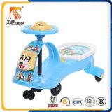 音楽および軽い中国が付いているプラスチック赤ん坊の振動車