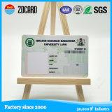 Barcode를 가진 학교 학생 사진이 부착된 신분증 카드