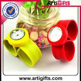 Vigilanza del Wristband di schiaffo del silicone di modo di Customed
