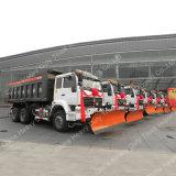 Sinotrukの頑丈な雪のクリーナーのトラックの雪の除去剤か雪の掃除人
