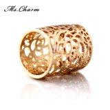 새로운 형식 보석 금은 관통한 꽃 약혼 반지를 도금했다