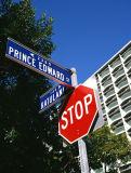 포스트에 의하여 거치되는 소통량 알루미늄 Refelective 정지 안전 주문 거리 표시