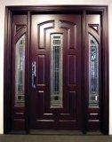 Porta de madeira contínua com projeto clássico