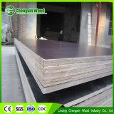 die 18mm Pappel-Kern-Schwarz-Film stellte Furnierholz Maufacturer in Shandong China gegenüber