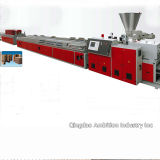 Machine d'extrusion pour le Decking de WPC