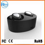 Hoofdtelefoon van de Hoofdtelefoon Bluetooth van de manier de Populaire Ware Draadloze met het Laden 450mAh Doos