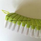 Cepillo de ropa plástico del Mic