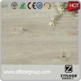 Настил PVC деревянного ламината взгляда пластичный сделанный в Китае