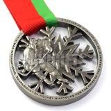 Kundenspezifische glückliche antike alte silberne sterben Form-Preis-Metallmedaille der Form-3D mit Farbband